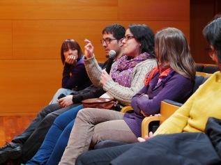Público del conversatorio de narradores